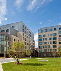 Kendall Square Luxury Apartments