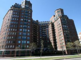 River Court - Cambridge Waterfront Condominiums