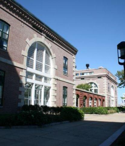 Parris Landing - Charlestown Navy Yard Condominiums